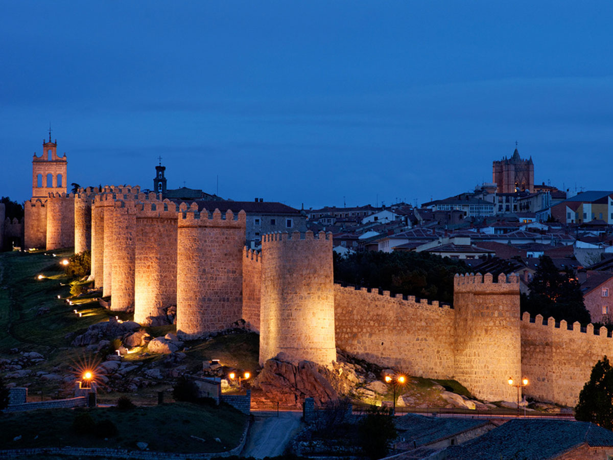 Private Tours in Avila from Madrid